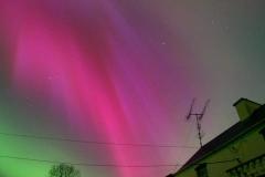aurora02_adamson_20090701_2050266598