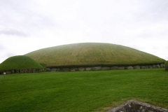 knowth_outside_20090704_1949415388